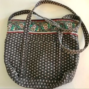 Vintage quilted carry bag